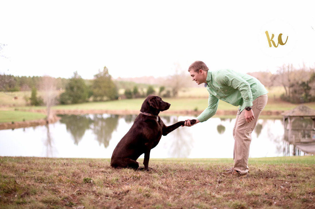 Powhatan Senior Pictures with Dog